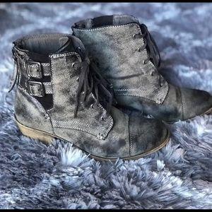 ROXY distressed booties
